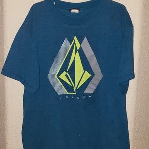 4 for $10 boys volcom tshirt